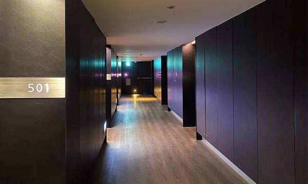 捷絲旅樓層走廊