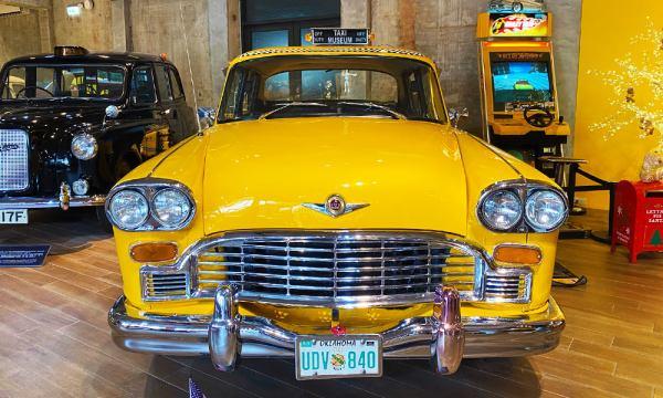 黃色的古董車