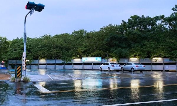 翠安儂風旅 停車場