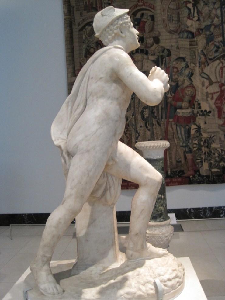 statue fat