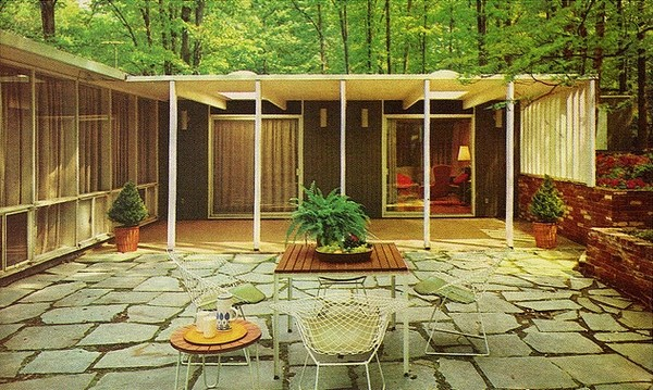 1960s-era-patio