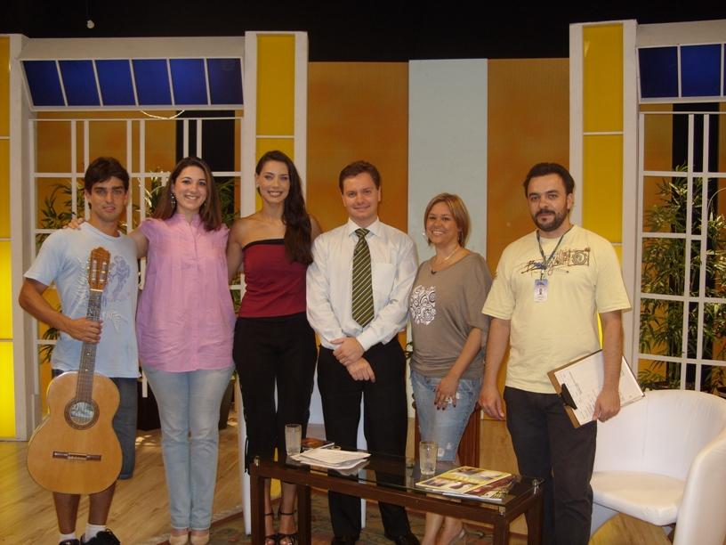 Ricardo, Carol, Valquíria (apresentadora), Dr. Felipe, Gláucia e Guilherme (produção)