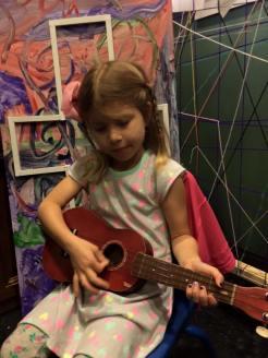 Aliyah ukulele