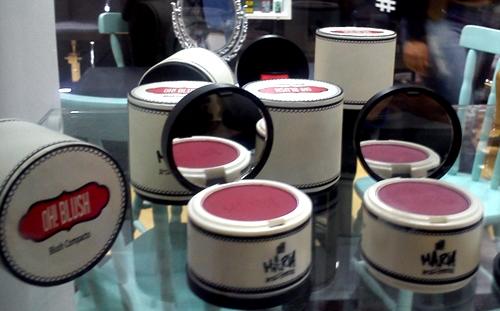 lola-cosmetics-ohmaria-maquiagem-blush-lançamento-beautyfair2015-carol-doria-2015
