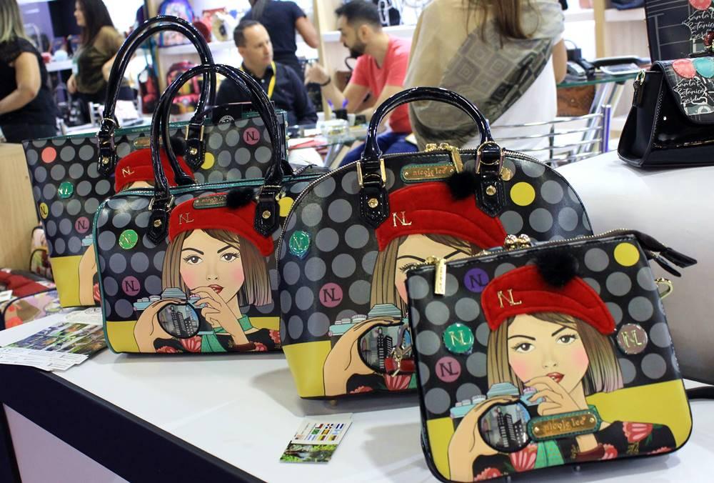 Coleção bolsas Parisiense da Nicole Lee, lançamento Couromoda 2018 - Carol Doria