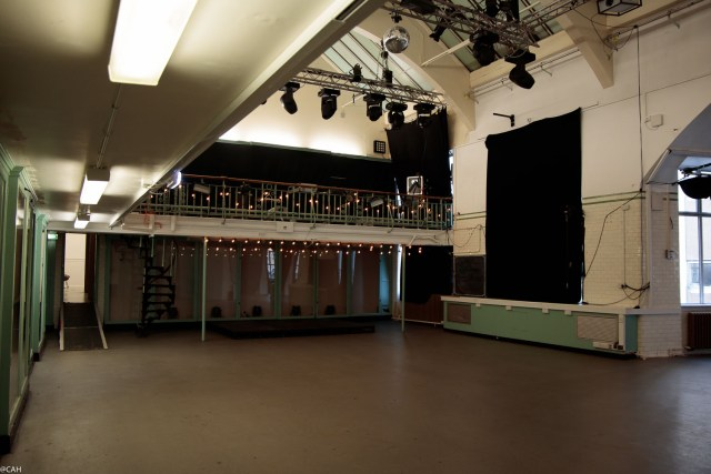summerhall-dissection-room-theatre-1-dec-2016-1
