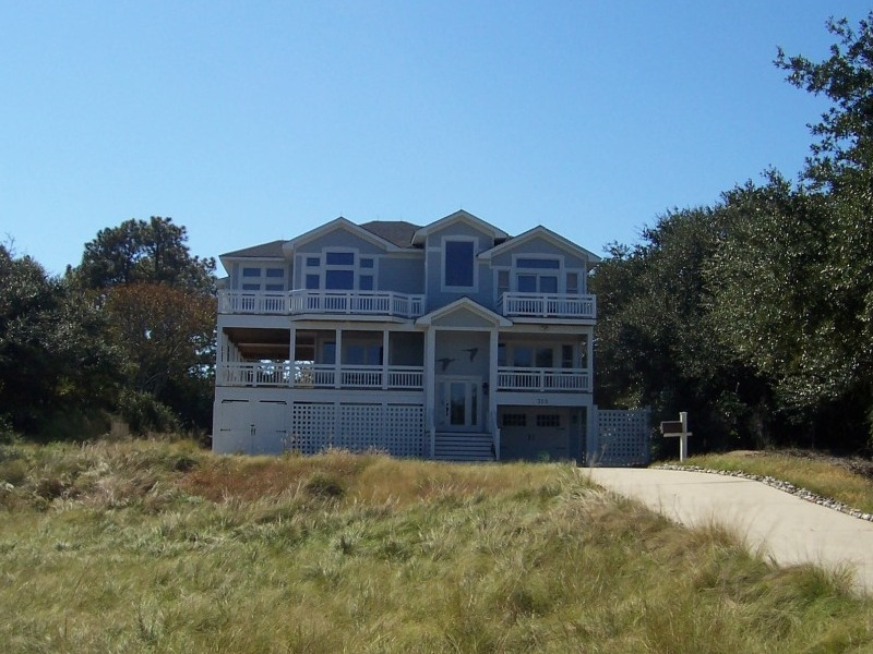Custom built residential home in Southern Shores North Carolina