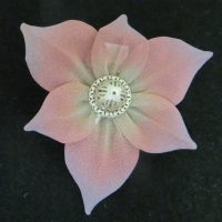 Sarah Cavender Pin 6 Pointed Flower
