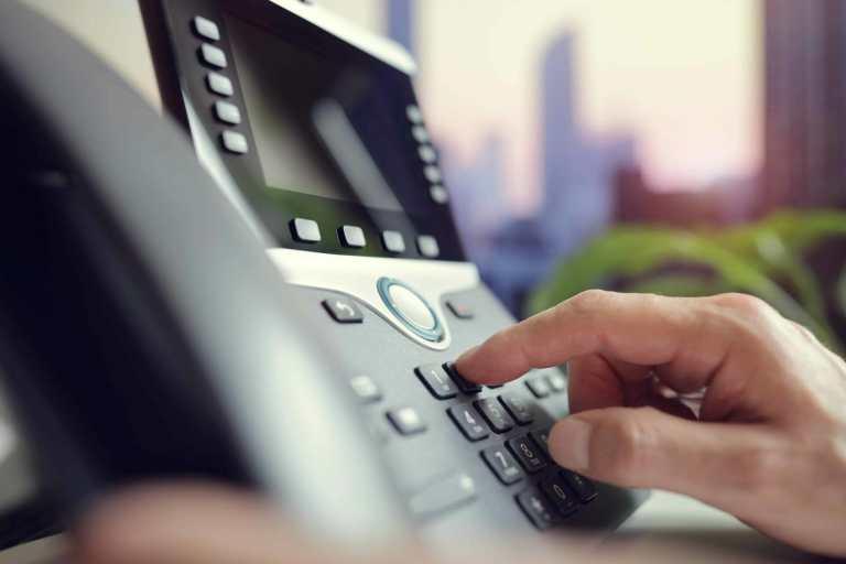 dialing yealink phone