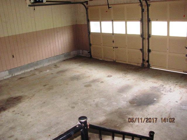406 Darby Garage Interior