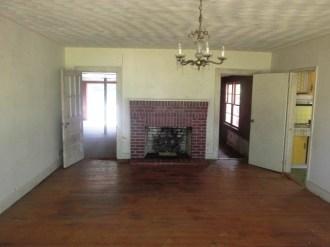 8514 Main Living Room
