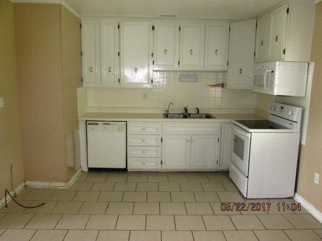 107 Dare Kitchen