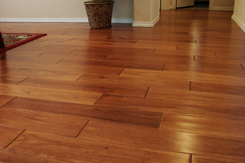 Laminate Or Hardwood  Carolina Flooring Services