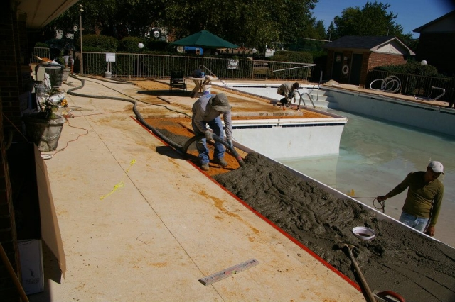 Always use the best pool builders to build your new pool for Top pool builders