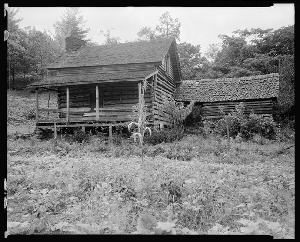 William Morris Log Cabin, Saluda, N.C. Image courtesy of the U.S. Library of Congress