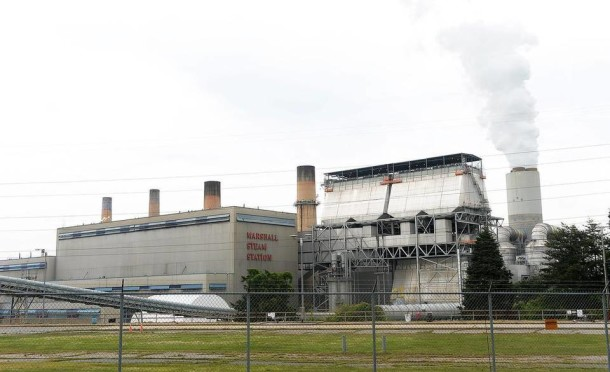 Duke Energy's Marshall coal-fired power plant on Lake Norman. Diedra Laird/Charlotte Observer