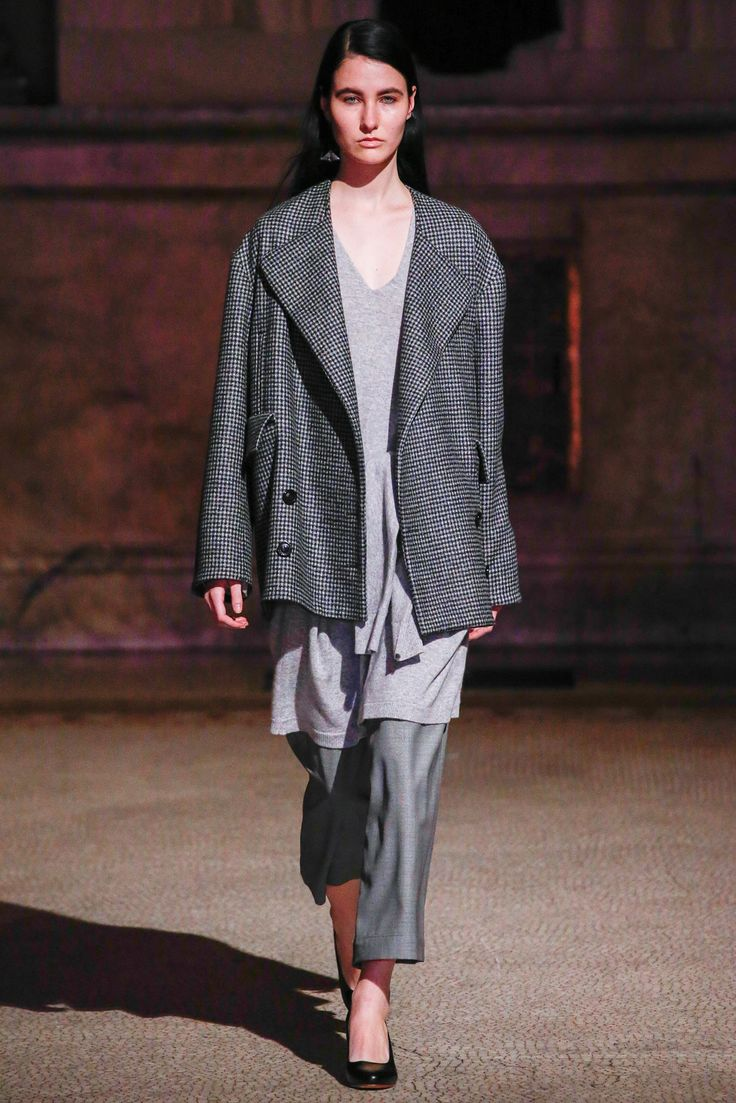 Creatures of Comfort - Fall 2015 Ready-to-Wear