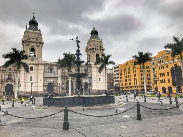 Plaza Mayor, Lima