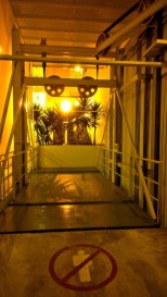 Very direct expression of the car elevator access in a housing development in Barranco