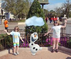 Olaf joined the kids.