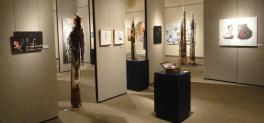 Vue de l'exposition 1000 et une âmes d'artistes, Collectif Québec-France en art figuratif, Salle d'exposition Jean Paul-Lemieux, 2014