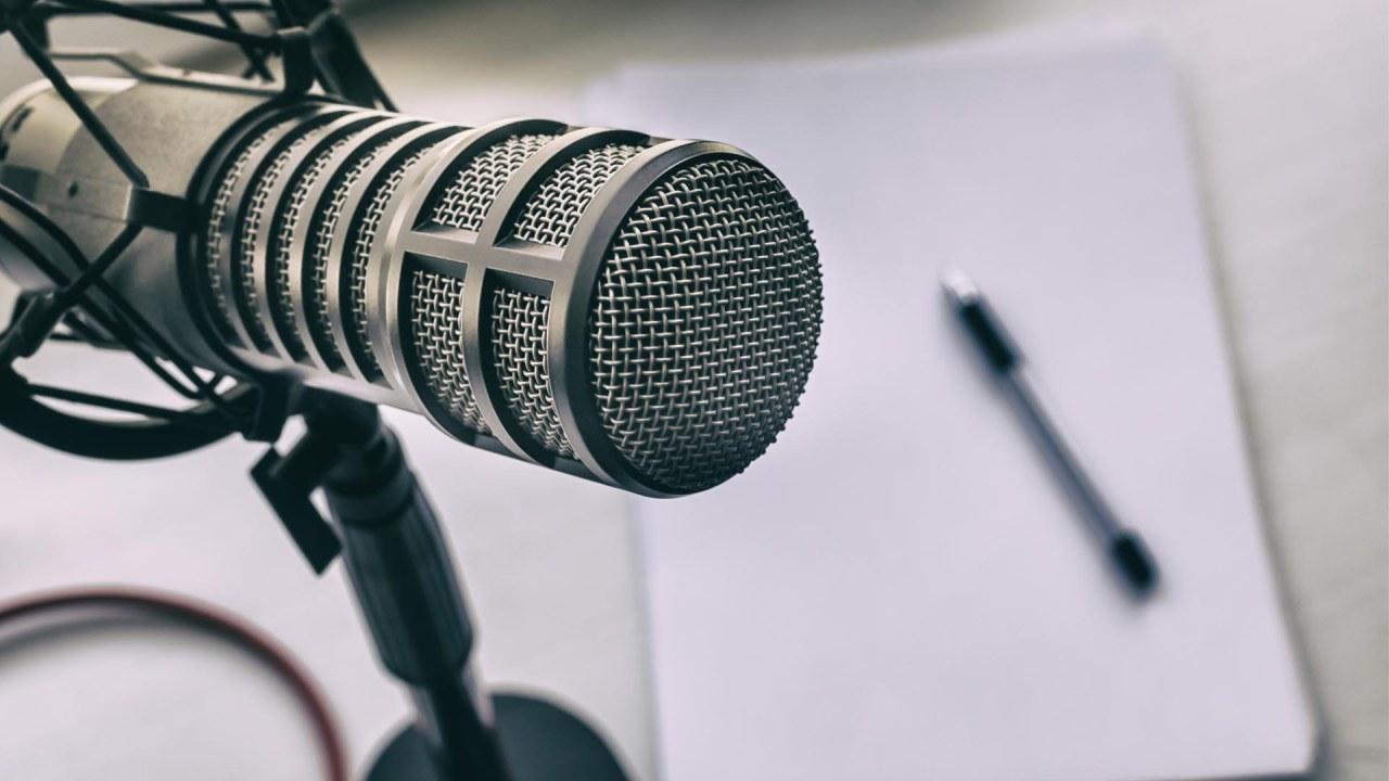 podcast-features-caroline-kay