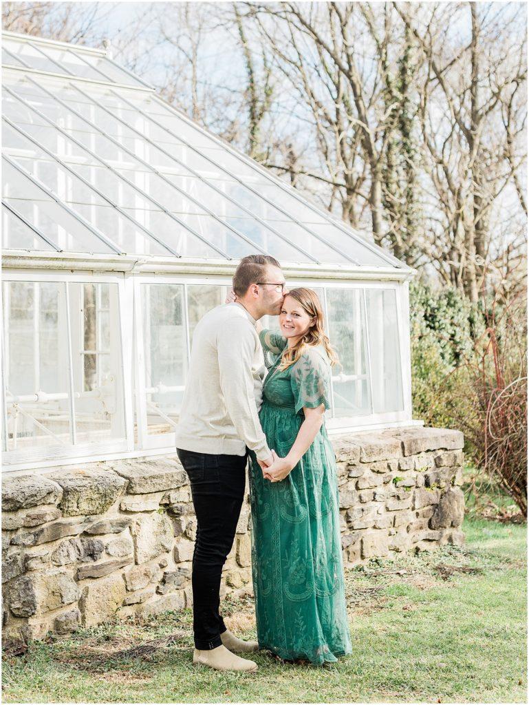 Highlands Mansion Maternity Session | Caroline Morris Photography