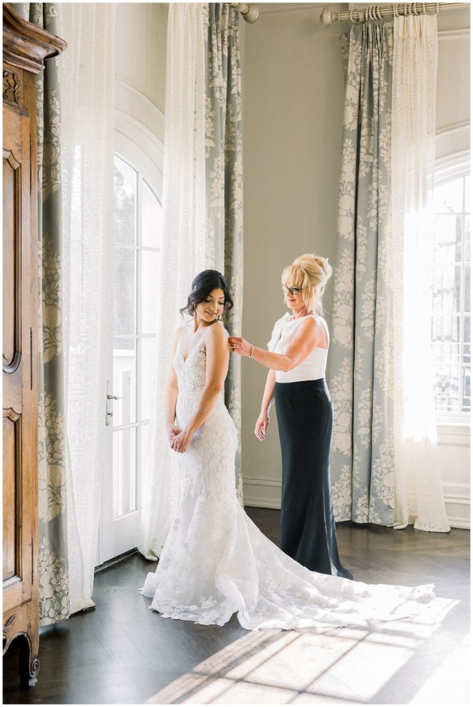 elegant bridal portrait at Park Chateau in New Jersey