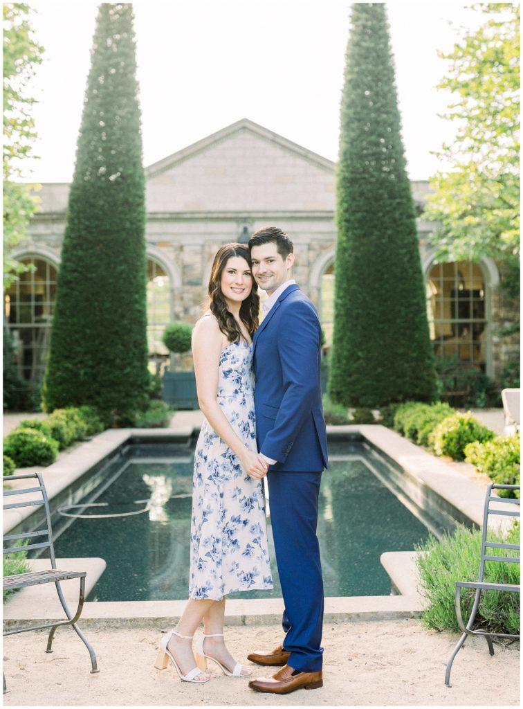 bride and groom at Jardin de Buis