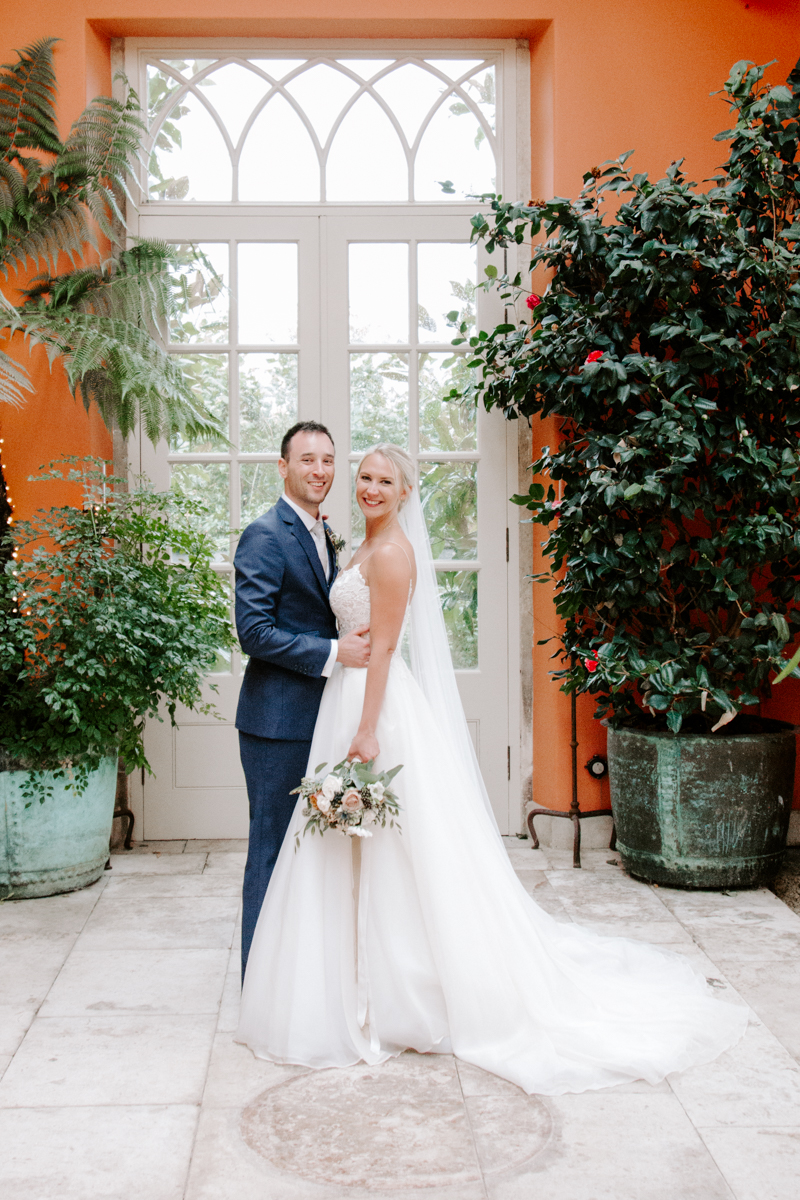 Relaxed wedding portraits at the Lost Orangery
