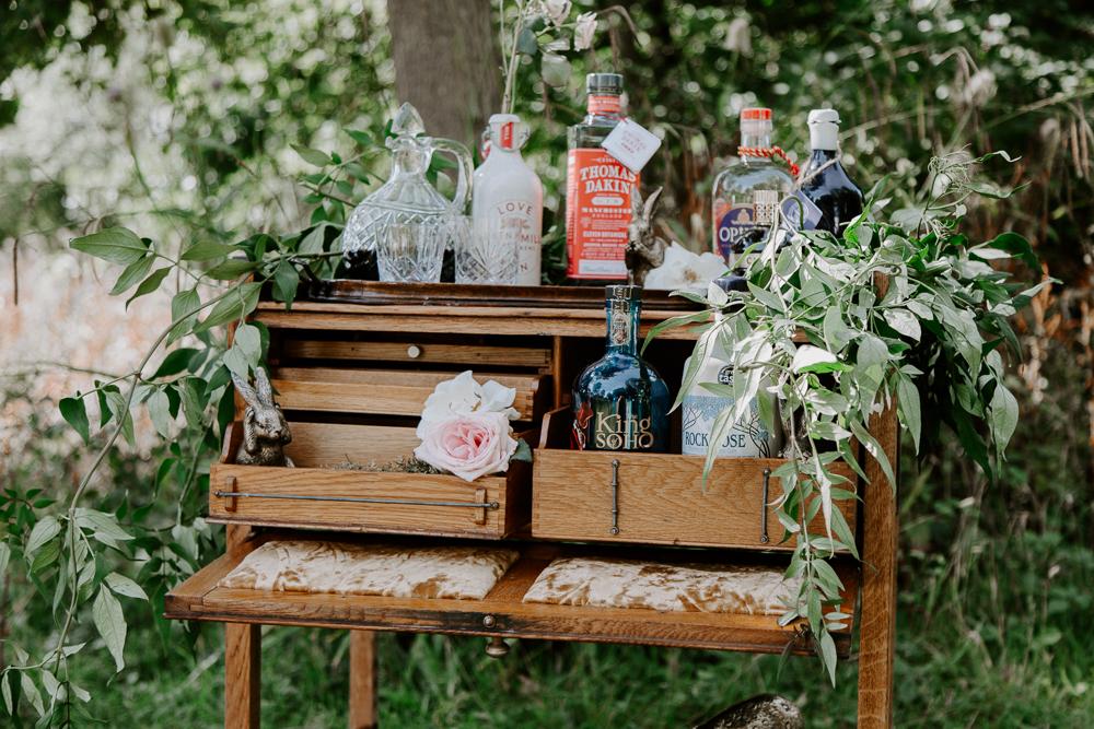 Outdoor elopement decor ideas