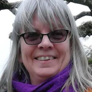 Caroline Skinner animal artist, Surrey artist, wildlife art, animal paintings, pet portraits