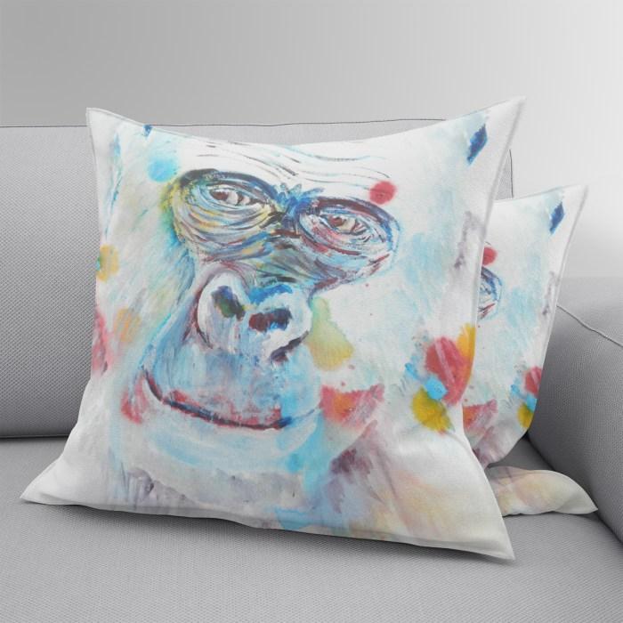 Gorilla Throw pillow in suedette