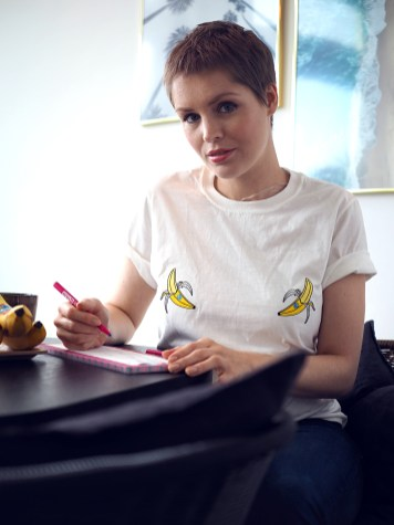 Krebsblogger, Brustkrebs, Brustkrebs Blogger, Brustkrebs Diary, Brustkrebs Tagebuch, Mein Leben mit Brustkrebs, Brustkrebs Vorsorge, Pink Oktober, Pink Ribbon, Chiquita, Chiquita Bananen, Brustkrebs erkennen, Wie erkenne ich Brustkrebs, Symptome bei Brustkrebs, Abtasten der Brust, Wie taste ich meine Brust richtig ab, Krebsvorsorge, Brustkrebsvorsorge, Vorsorge Untersuchung bei der Frauenärztin