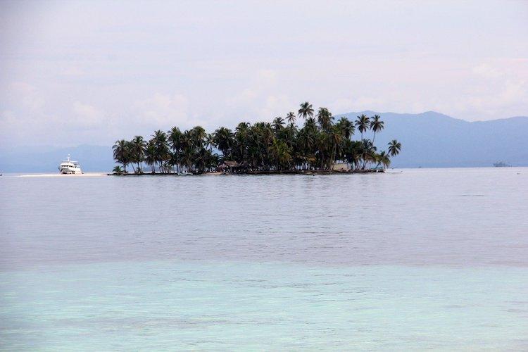 Tiny island and archipelago in Panama