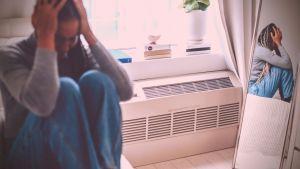 Síndrome de Burnout - Teste | Mulher exausta - fonte pexels.com