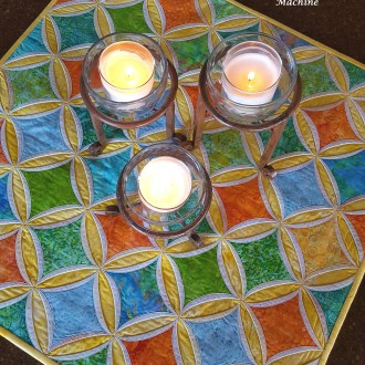 Try It! – Cathedral Windows Table Topper by Machine