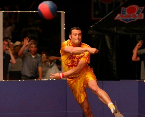 Peter LaFleur (Vince Vaughn) competes