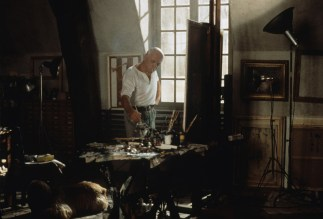 Picasso in studio Rue des Grands-Augustins (Anthony Hopkins)
