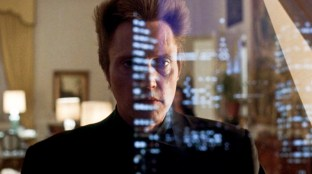 01_Walken with reflection