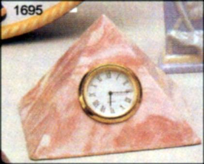 Duncan 1695 PYRAMID CLOCK Price $4.00