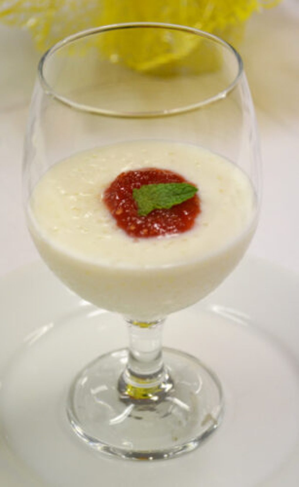 Creme de tapioca com geleia de sweet grape