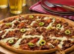 Pizza de costela com queijo