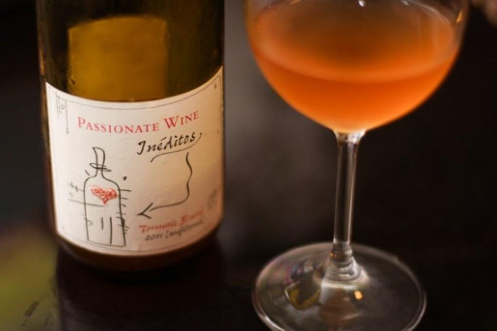 A melhor bebida para o seu signo vinho laranja