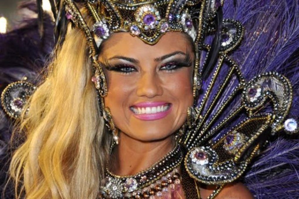 Looks das famosas no carnaval