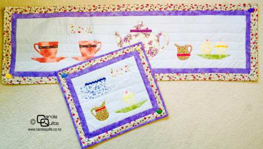 Teapot and teacups quilted table runner for carols quilts with copyright