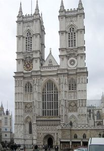 Westminster Abbey (west front), London, England. Arpingstone [Public domain], via Wikimedia Commons