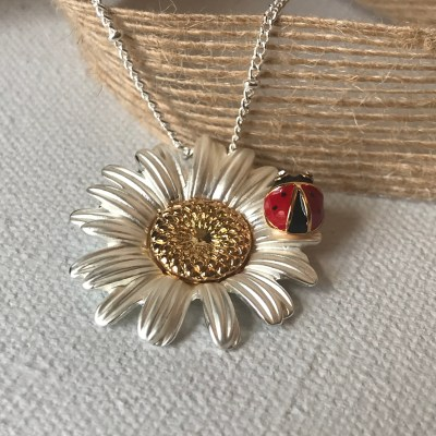 Ladybug & Daisy Necklace Carol Young Silver