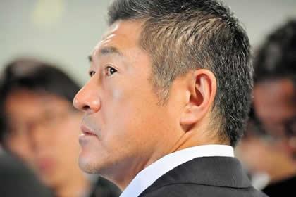石井打撃コーチ、カープ退団の経緯を明かす…/壮絶人生ドキュメント