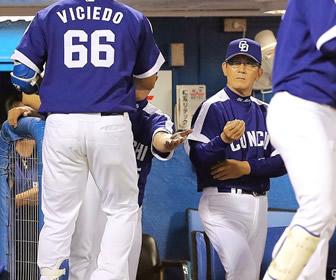 中日・森監督、新井の引退に「あいつがいたから、広島はこうなった」